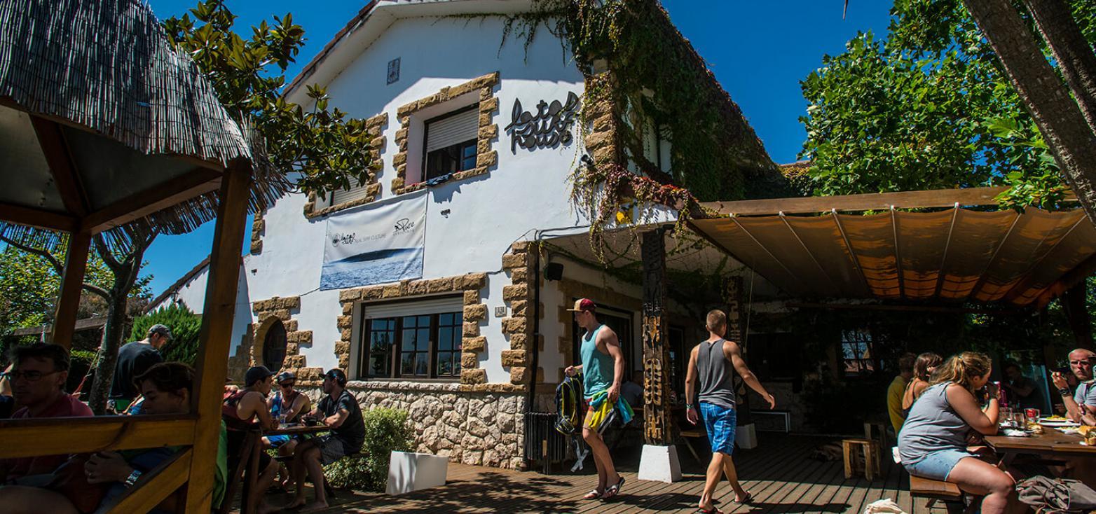 Surfcamp Surf Camp  & Escuela de Surf - Latas Surf in Ribamontan al Mar, Cantabria, Spain