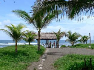 Surfcamp El Paredón Surf Camp in Sipacate, Escuintla, Guatemala