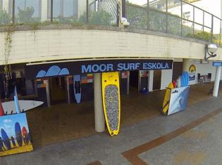 Surfcamp Moor Surf Eskola in Zarautz, País Vasco, España
