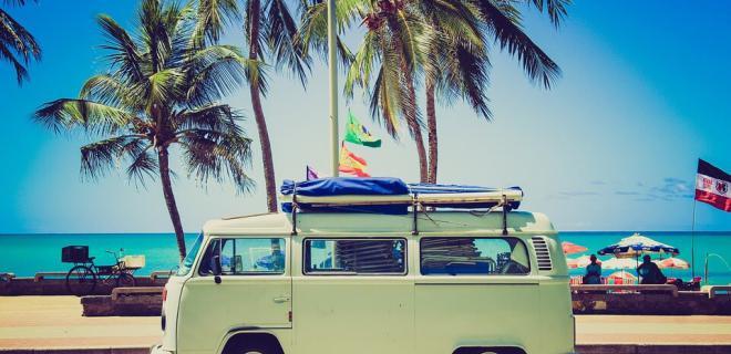 ¿Qué diferencias hay entre Surftrip y Surfari?