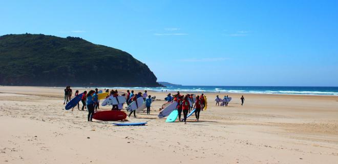 Surfcamp Watsay Surf School & Camp in Santoña, Cantabria, España