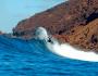 Surfeando en 'La Derecha de Lobos', islote de Lobos, Fuerteventura (Islas Canarias, España)