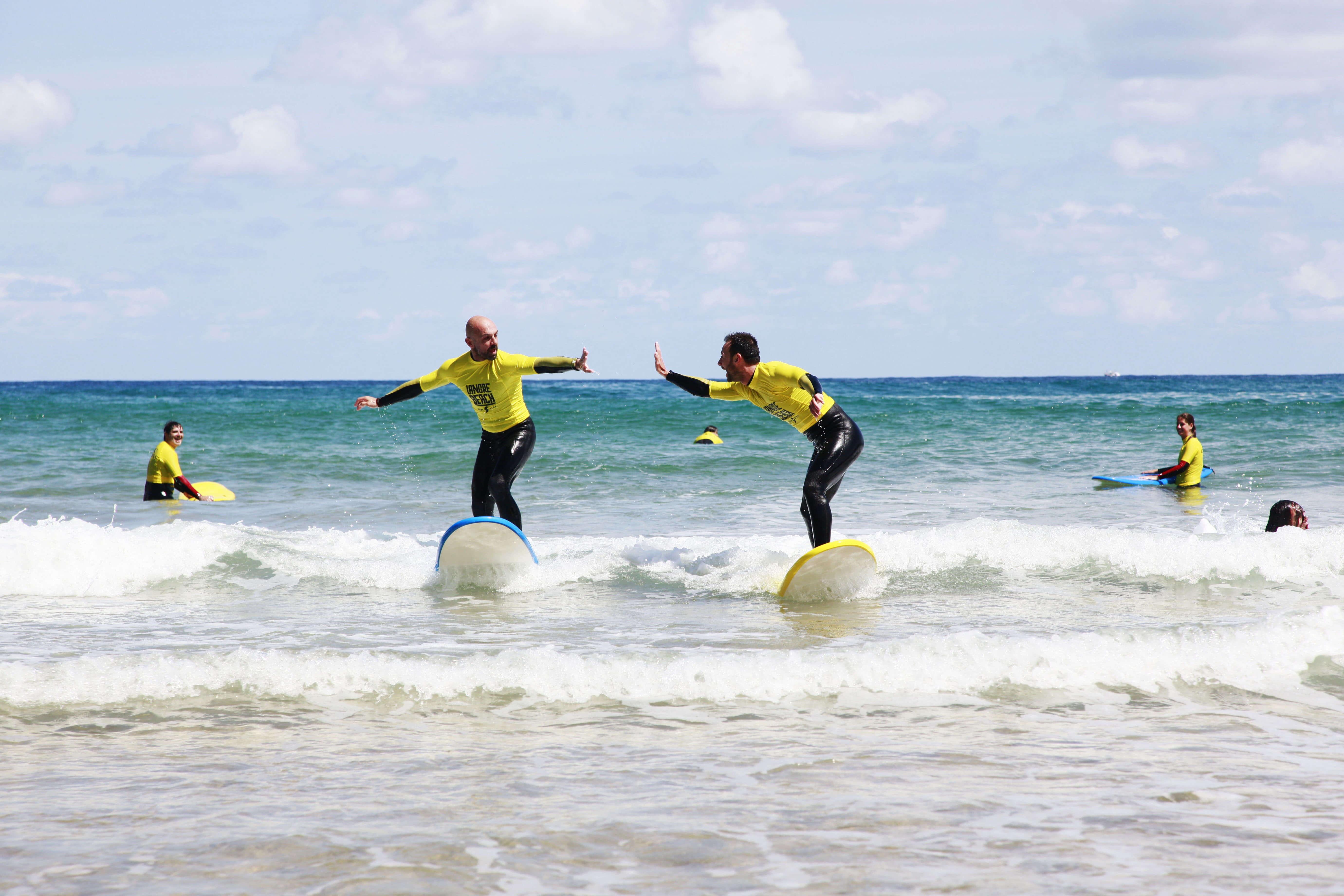 Surfcamp Langre Beach Surf School + The Surf Lodge in Langre, Cantabria, España