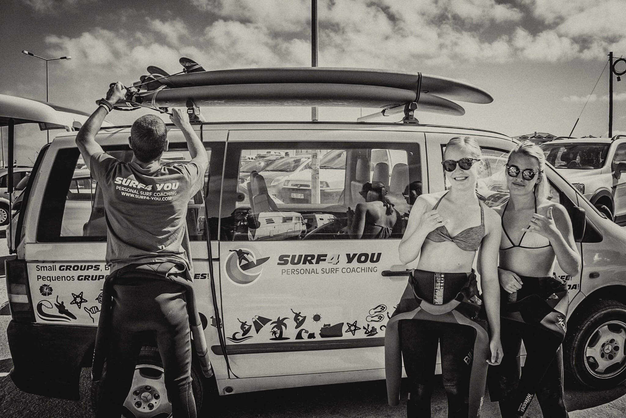 Surfcamp Surf4 You -Personal Surf Coaching  in Nazaré, Leiria, Portugal