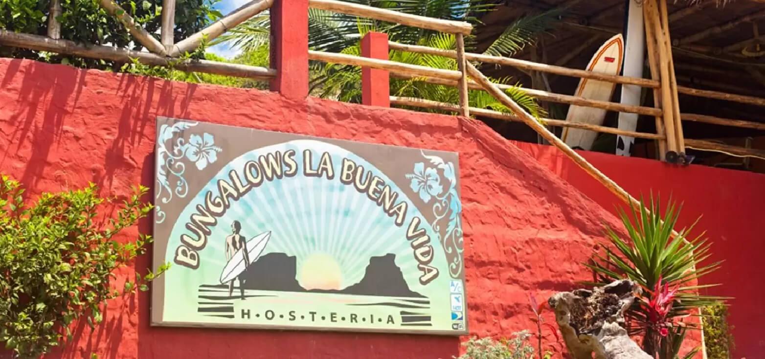 Surfcamp La Buena Vida Surf School in Ayampe, Manabí, Ecuador