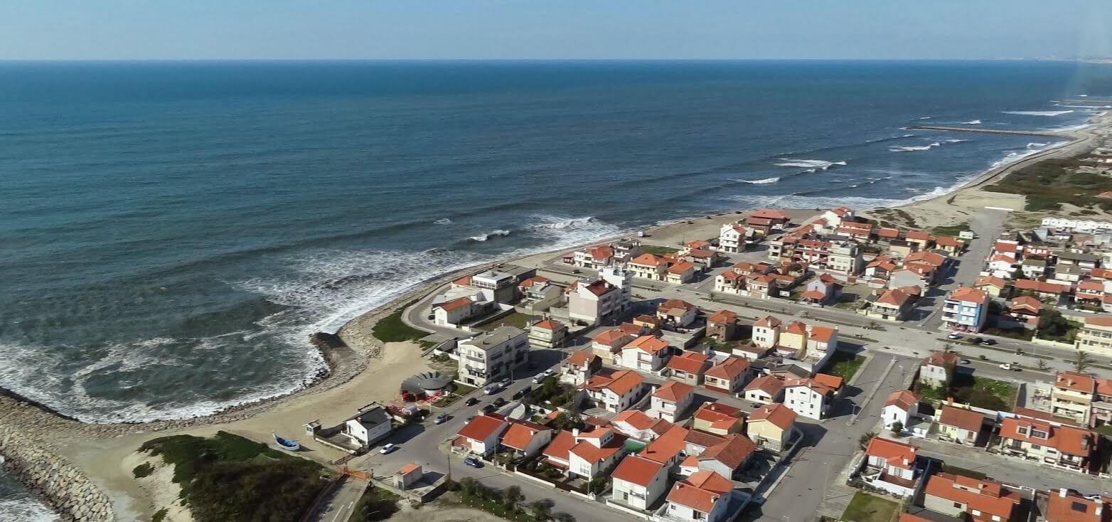 Surfcamp Surfinn Esmoriz Surf Camp & Surf School in Esmoriz, Aveiro, Portugal