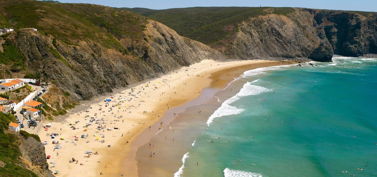 Surfcamp Aljezur Surfer's Paradise in Aljezur, farol, Portugal